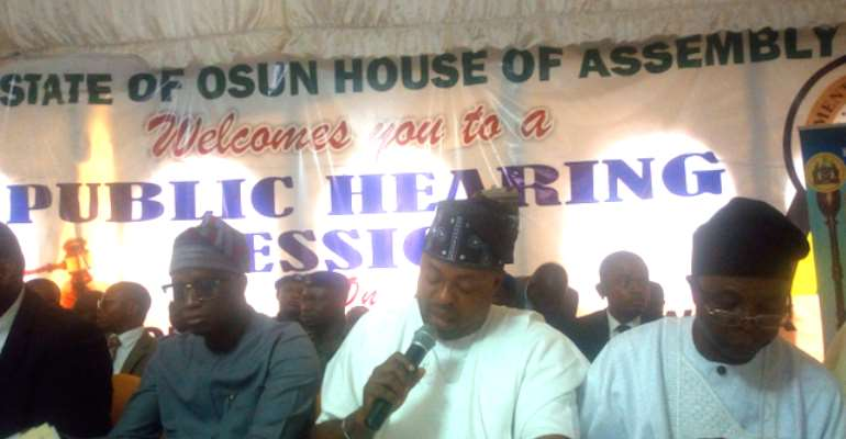 The Speaker, State of Osun House of Assembly, RT. Hon Timothy Owoeye middle (with mic)
