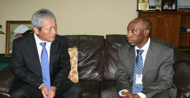 PHOTO: R-L: GROUP MANAGING DIRCTOR, NNPC, MR AUSTEN ONIWON AND PRESIDENT/CEO, LNG JAPAN CORPORATION, MR YASUNORI TAKAGI, DURING A VISIT TO THE NNPC TOWERS IN ABUJA.