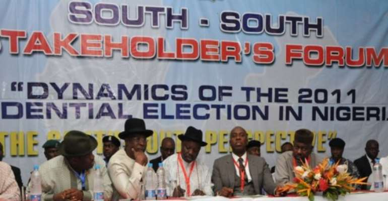 PHOTO: SOUTH SOUTH GOVERNORS DURING A MEETING IN PORT HARCOURT, RIVERS STATE TODAY, JULY 26, 2010.