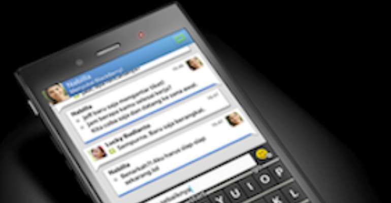 BlackBerry fights back with budget smartphone