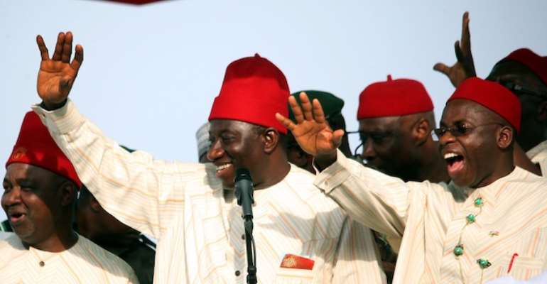 L-R: VICE PRESIDENT NAMADI SAMBO, PRESIDENT GOODLUCK EBELE JONATHAN AND IMO STATE GOVERNOR, MR IKEDI OHAKIM DURING A PRESIDENTIAL CAMPAIGN RALLY IN IMO STATE ON WEDNESDAY, FEBRUARY 23, 2011.