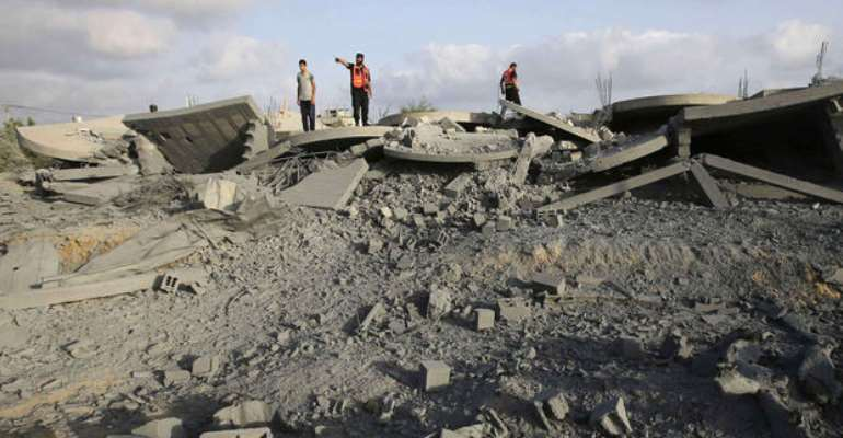 Israel deploys ground troops in Gaza briefly