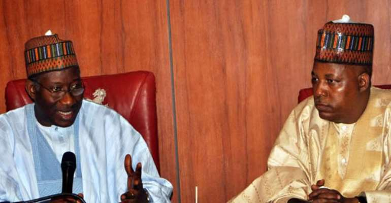 PRESIDENT GOODLUCK JONATHAN (L) WITH GOV KASHIM SHETTIMA OF BORNO STATE DURING A MEETING OF THE PRESIDENT WITH THE STATE EXECUTIVE COUNCIL IN MAIDUGURI. MARCH 8, 2013