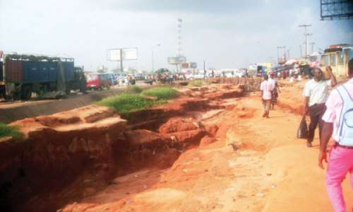 ANAMBRA STATE AND THE MENACE OF EROSION