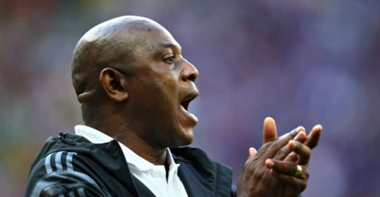 Stephen Keshi calls referee 'biased' after Nigeria's defeat to France