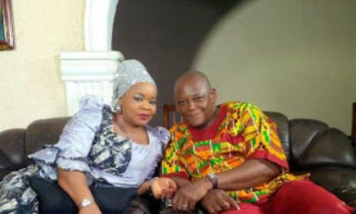 Veteran Actor, Keppy Ekpenyong in Hot 'Romance' with Actress Bimbo Oshin