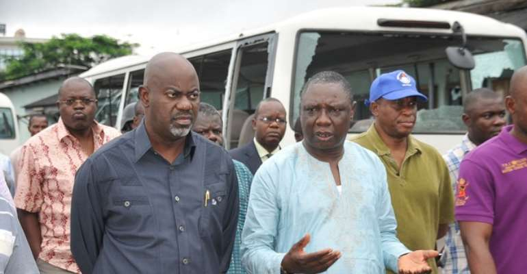 CROSS RIVER STATE GOVERNOR LIYEL IMOKE (L) WITH VICE CHANCELLOR, UNICAL, PROFESSOR JAMES EKPOKE DURING HIS TOUR OF THE UNIVERSITY AFTER THE STUDENTS' DEMONSTRATION WEEKEND.