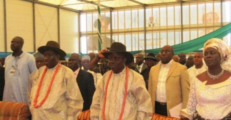 PHOTO: L-R: PRESIDENT GOODLUCK JONATHAN, DELTA STATE GOVERNOR EMMANUEL UDUAGHAN AND WIFE, ROLI.