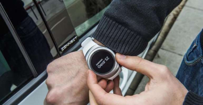 Samsung wearable to lock and unlock seat