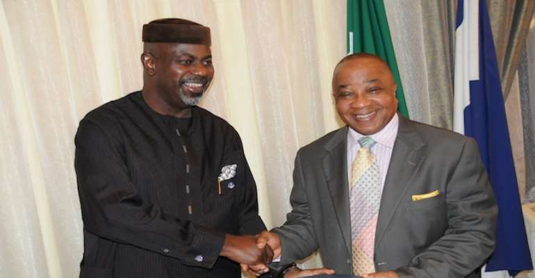 PHOTO L-R: CROSS RIVER STATE GOVERNOR, SENATOR LIYEL IMOKE WITH OTUNBA FUNSO LAWAL AT GOVERNMENT HOUSE CALABAR ON THURSDAY, OCTOBER 14, 2010.