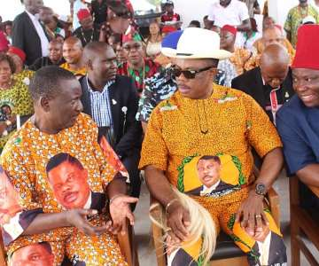 (L-R) Akunwata Mike Kwento, Governor Obiano and Chief Victor Umeh
