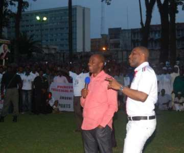 GOV AMAECHI AND PRINCE TONYE PRINCEWILL ADRESSING A MORMOUT CROUD OF PPA MEMBERS