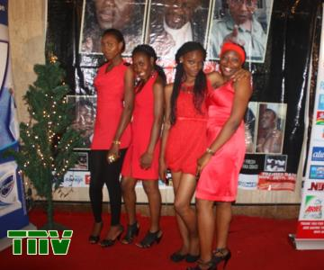 USHERS ''LADIES IN RED'' @THE EVENT