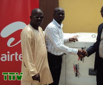Mr. Adewale Adeogun, Education Secretary, Ajeromi/Ifelodun Local Education Authority, Lagos; Agbebiyi Akinola, Project Coordinator, Mikano International Limited; and Chinda Manjor, Head of Corporate Social Responsibility Programme, during the donation of a brand new generator to Oremeji Primary 2 in Ajegunle, Lagos State by Mikano International Limited as part of Airtel''s Adopt-A-School programme...in Lagos today